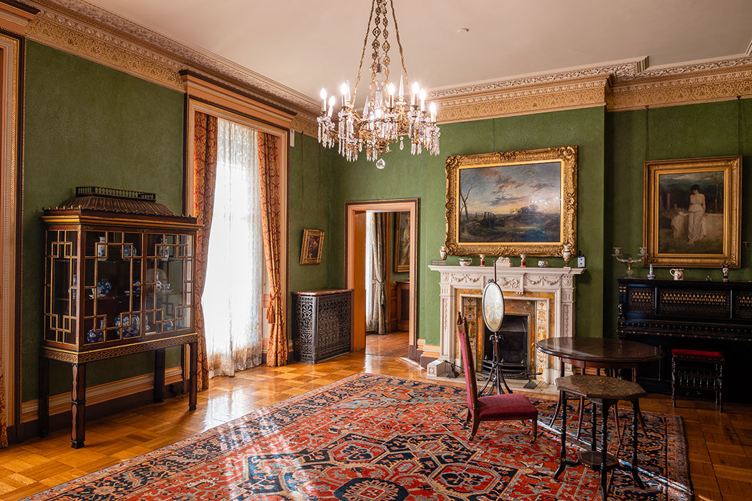 Sudley House room guide and collection