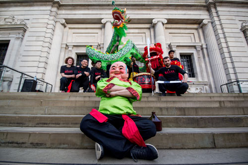 Dragon dance group