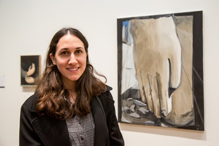 Talar Aghbashian in front of her prizewinning painting © Dave Jones