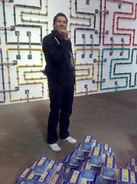 Richard Benjamin in an art exhibition