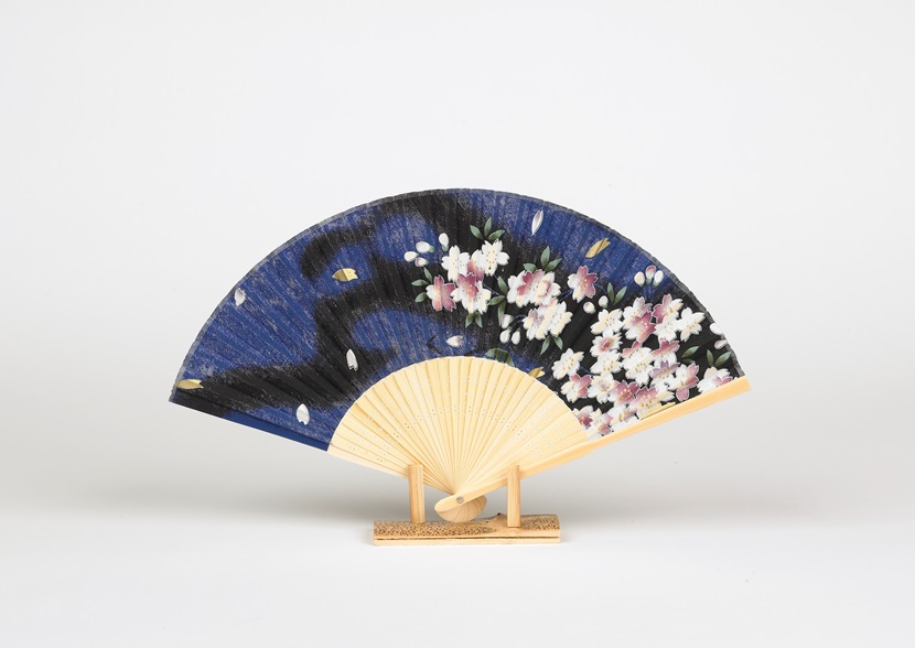edo pop cherry blossom blue fan