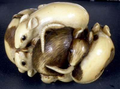 ivory carved in the shape of a bundle of rats