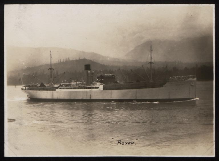 Photograph of Roxen, Rederi A/B Transatlantic G Carlsson card