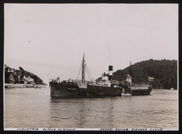 Photograph of Industria (ex Nils, Axwinnia), Swedish Lloyd card