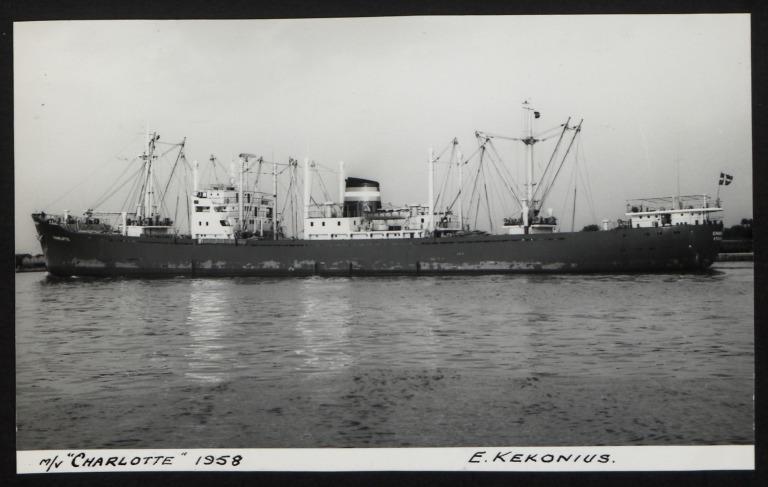 Photograph of Charlotte, E Kekonius card