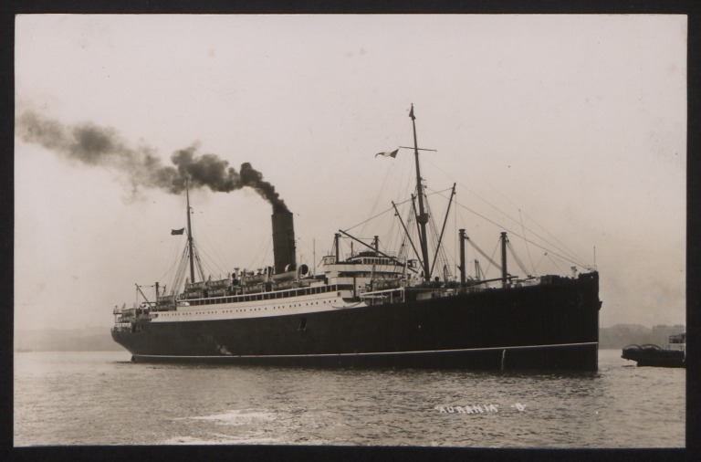 Photograph of Aurania, Cunard White Star Line card