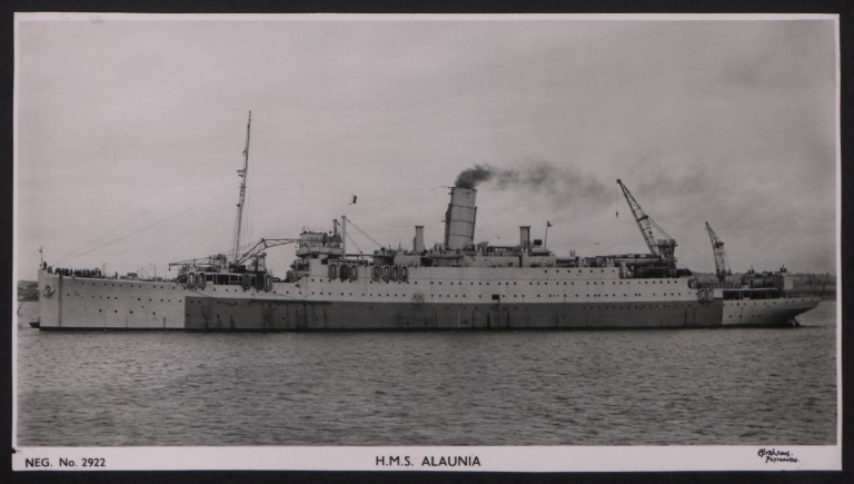Photograph of Alaunia, Cunard White Star Line card