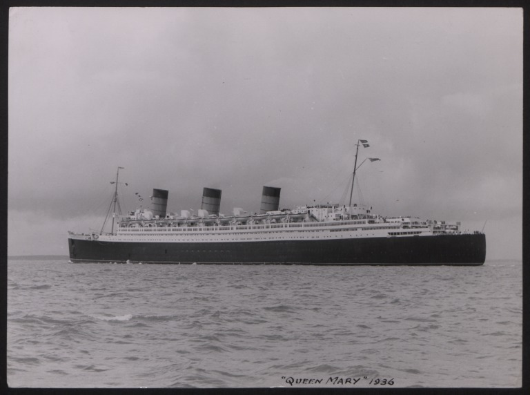 Photograph of Queen Mary, Cunard White Star Line card