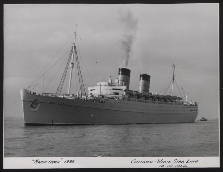 Photograph of Mauretania, Cunard White Star Line card