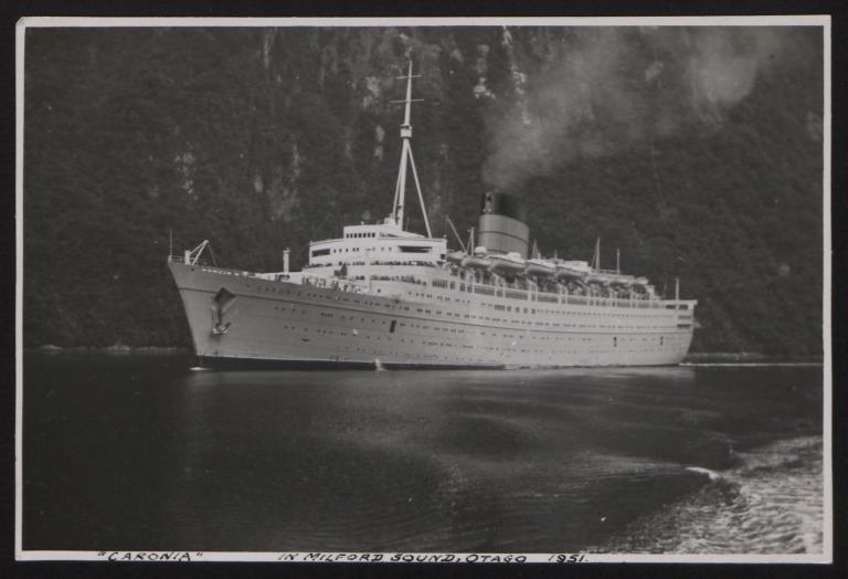 Photograph of Caronia, Cunard White Star Line card