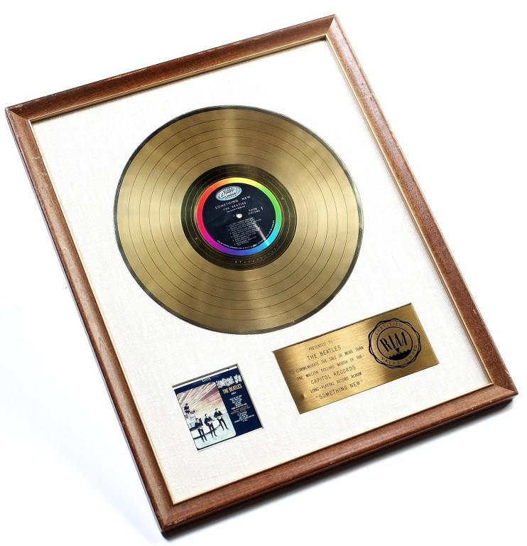 Gold disc 'Something New' card