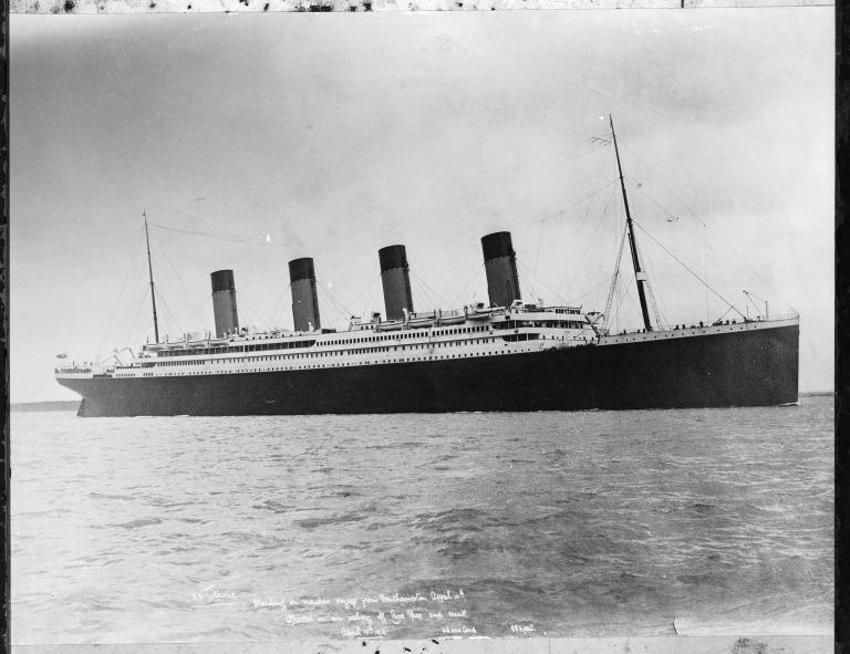 Photograph of Titanic, White Star Line card
