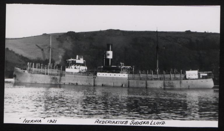 Photograph of Ivarnia, Swedish Lloyd card