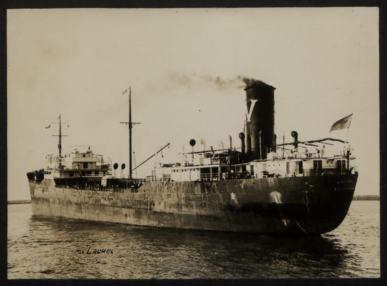 Photograph of Laurel, Rederiaktieb Oiltransporter card