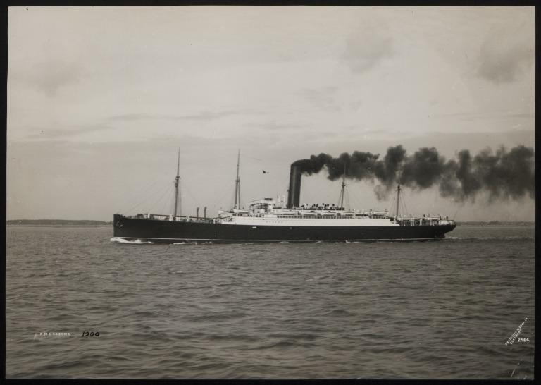 Photograph of Saxonia, Cunard Line card