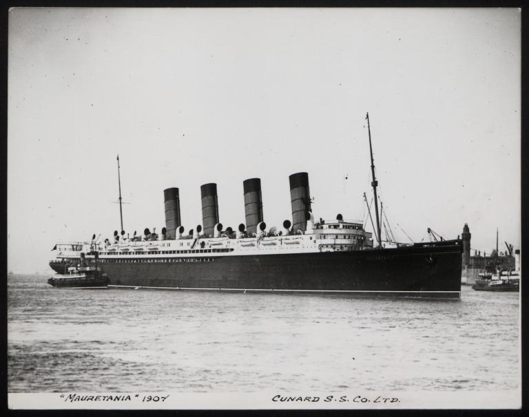 Photograph of Mauretania, Cunard Line card