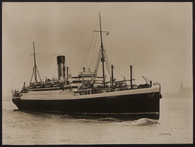 Photograph of Ausonia, Cunard White Star Line card