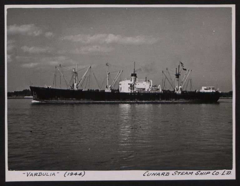 Photograph of Vardulia, Cunard White Star card