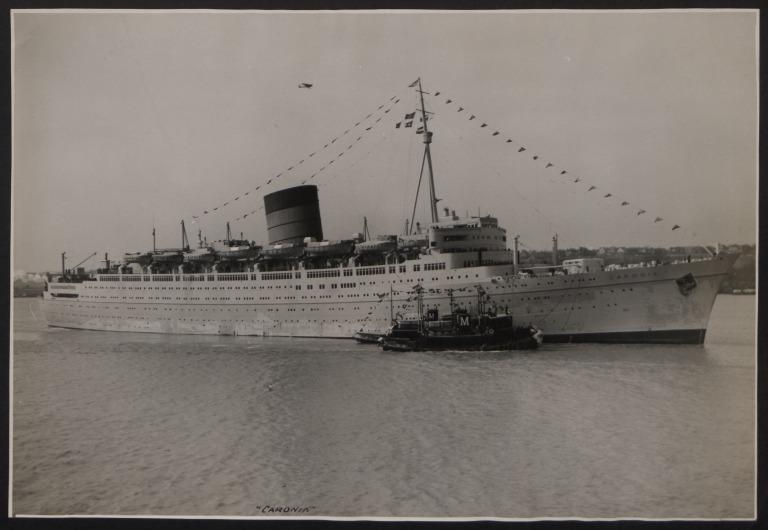 Photograph of Caronia, Cunard White Star Line card