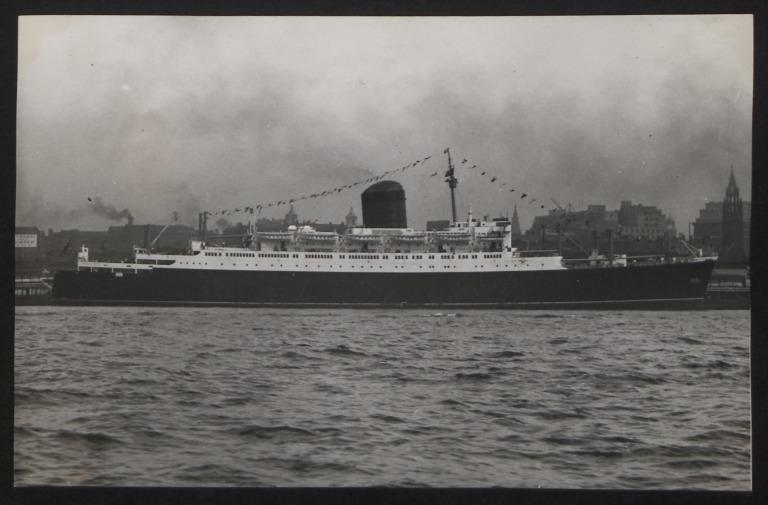 Photograph of Saxonia, Cunard White Star Line card