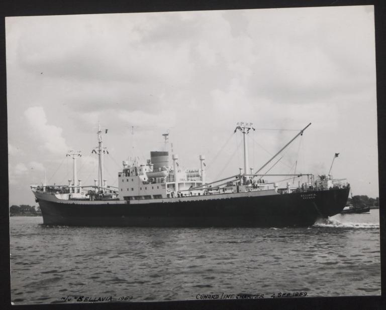 Photograph of Bellavia, Cunard White Star Line card
