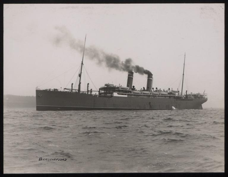 Photograph of Bergensfjord (r/n Argentine, Jerusalem), Norwegian American Line card