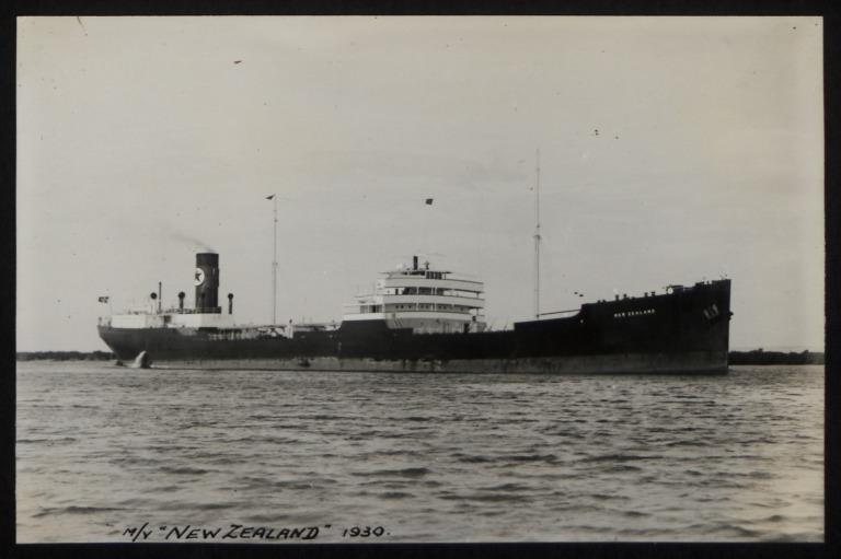 Photograph of New Zealand, E H Samuelsen card