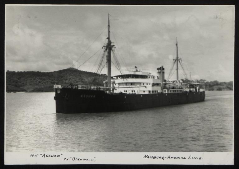 Photograph of Assuan (ex Odenwald, r/n Blenheim), Hamburg Amerika Line card