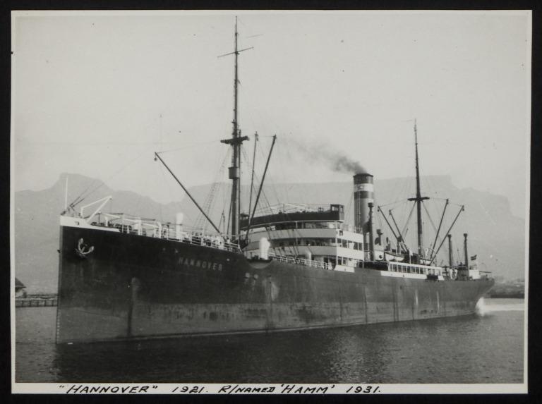 Photograph of Hanover (r/n Hamm), Hamburg Amerika Line card