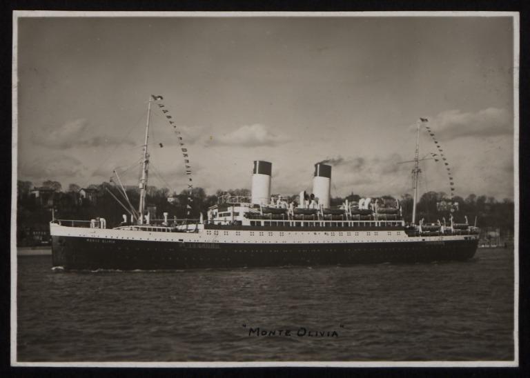 Photograph of Monte Olivia, Hamburg Sudamerika Line card