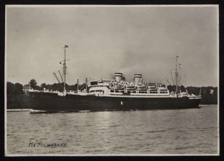 Photograph of Milwaukee (r/n Empire Waveney), Hamburg Amerika Line card