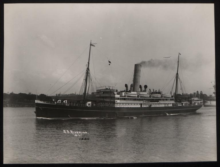 Photograph of Riverina, Huddart Parker card