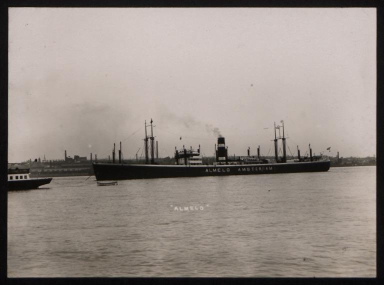 Photograph of Almelo (r/n Yagoda, Dalstroi), Koninklijke Nederlandsche Stoomboot Maatschappij card