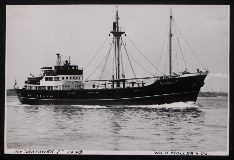 Photograph of Batavier I, W H Muller and Co card