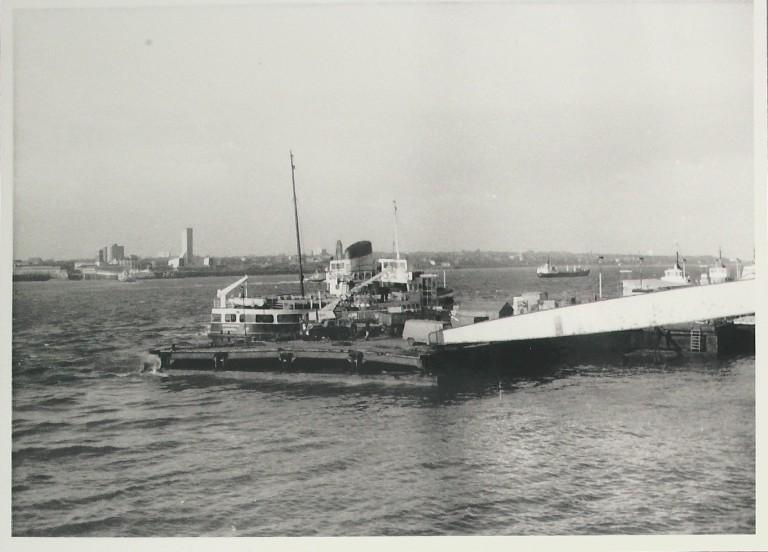 Photograph of Georges Landing Stage Liverpool card