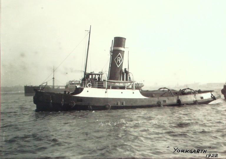 Photograph of Yorkgarth, Rea Towing Company card