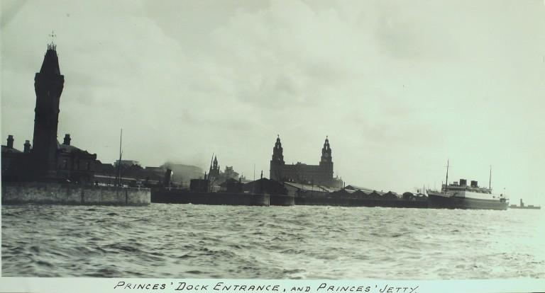 Photograph of Princes Dock Entrance and Jetty card
