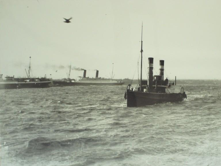 Photograph of Unidentified paddle ferry card