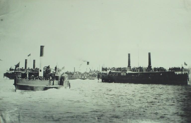 Photograph of Paddle Steamers in Mersey card
