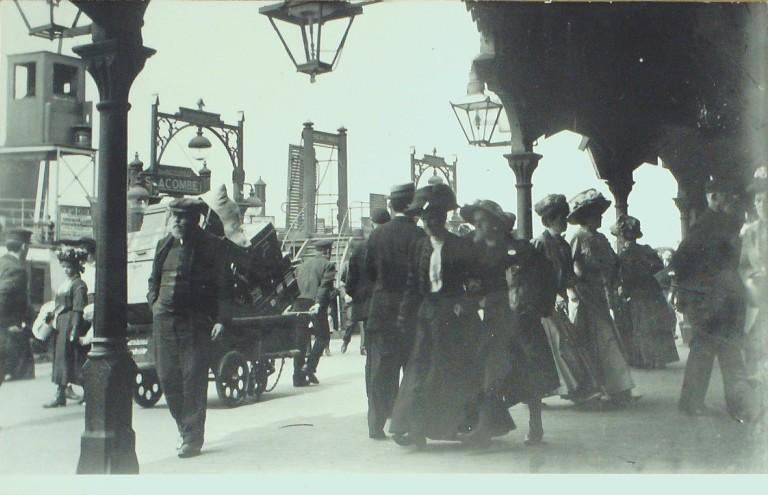 Photograph of Liverpool Pier Head card