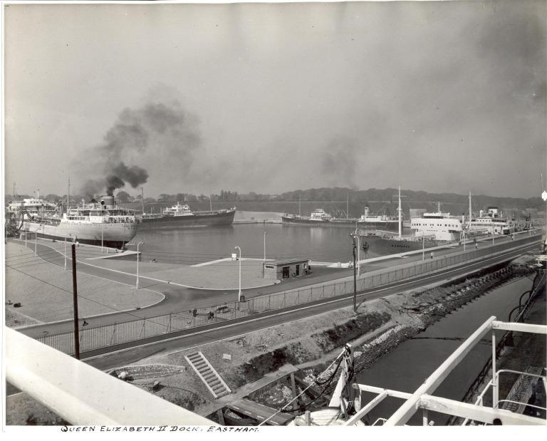 Photograph of Queen Elizabeth 11 Dock Eastham card