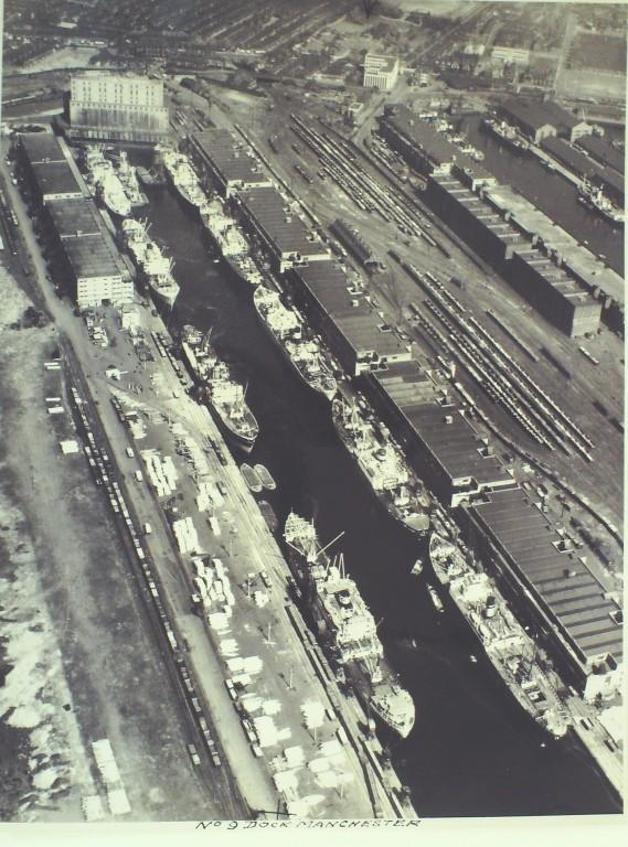 Photograph of No 9 Dock Manchester card