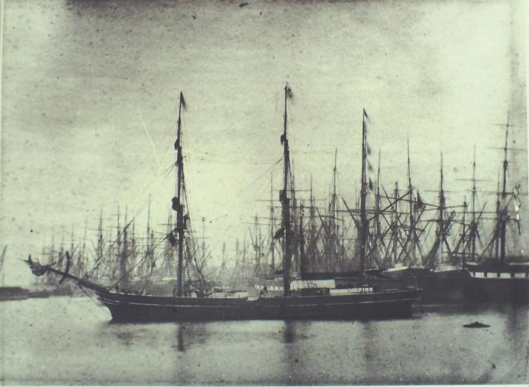 Photograph of Unidentified sailing vessels card
