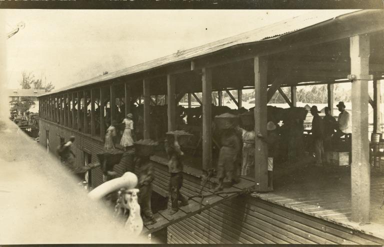 Women Coaling RMS Olympic card