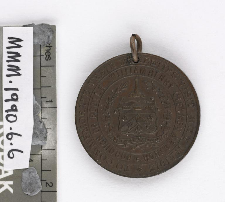 Medal commemorating the visit of Queen Mary and King George V to Bootle, July 11th, 1913 card