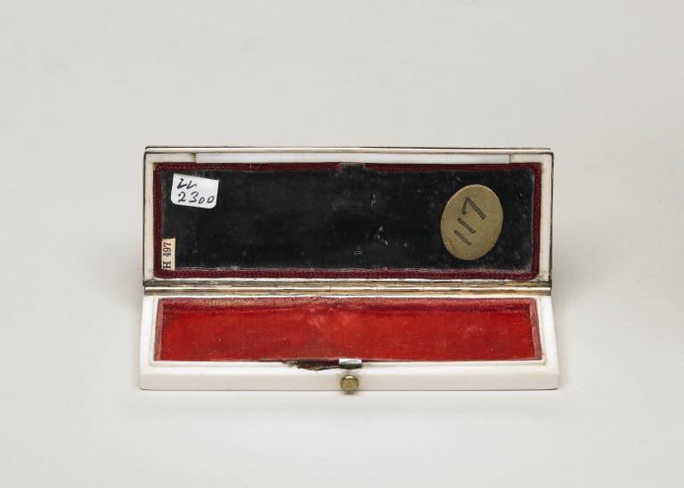 Box; patch card