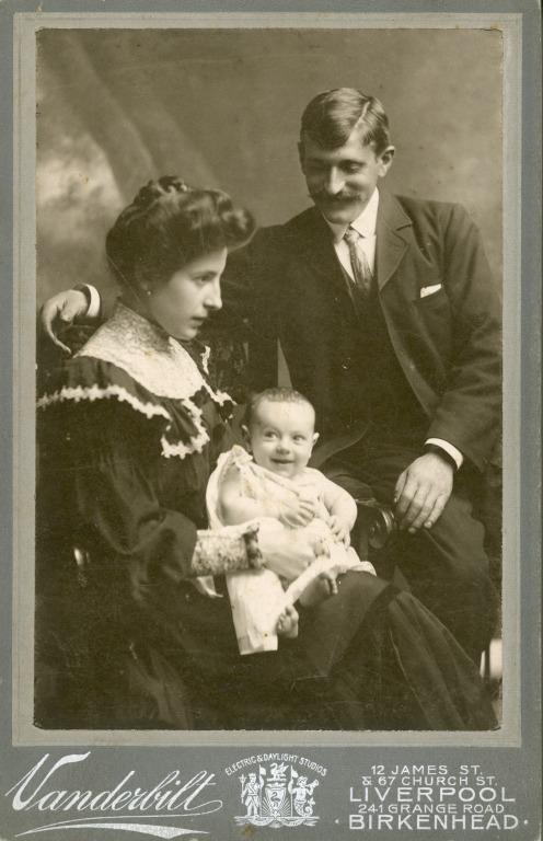 Elordieta family card