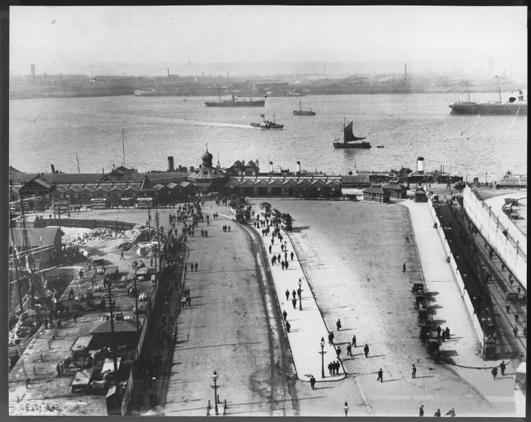 Photograph of Liverpool waterfront with floating roadway and horse trams card