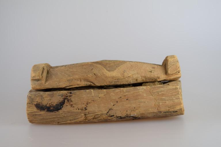 Shabti Coffin and Two Stick Shabtis card