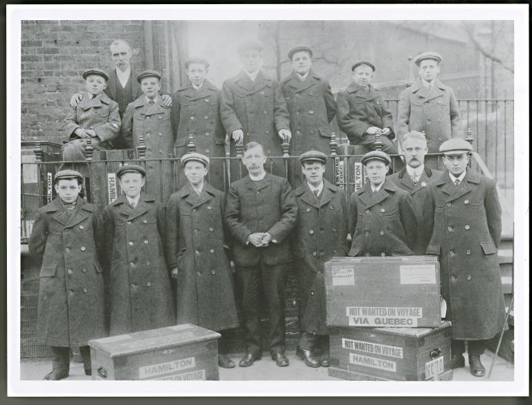 Photograph of children prior to emigration. card